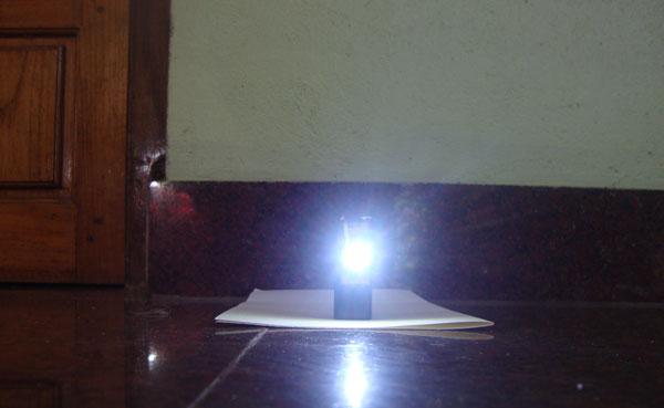 白色LED-TORCH-2